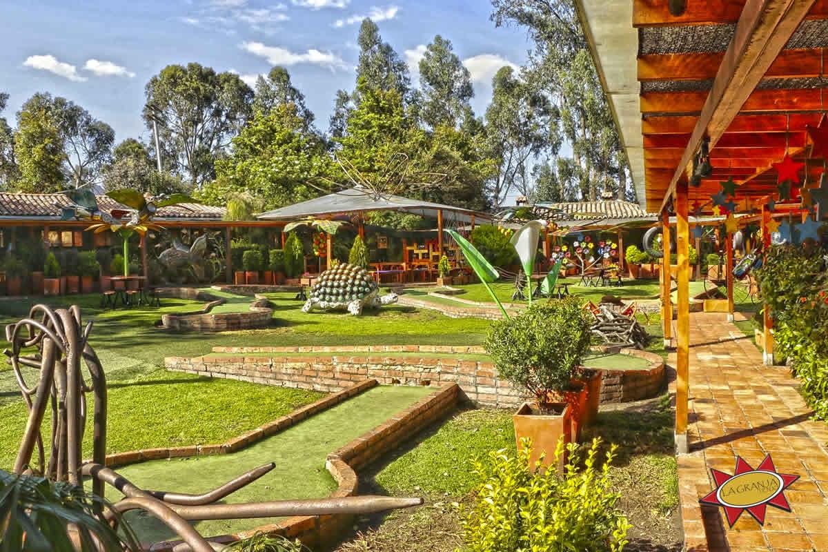 Golfito restaurante La Granja Tenjo